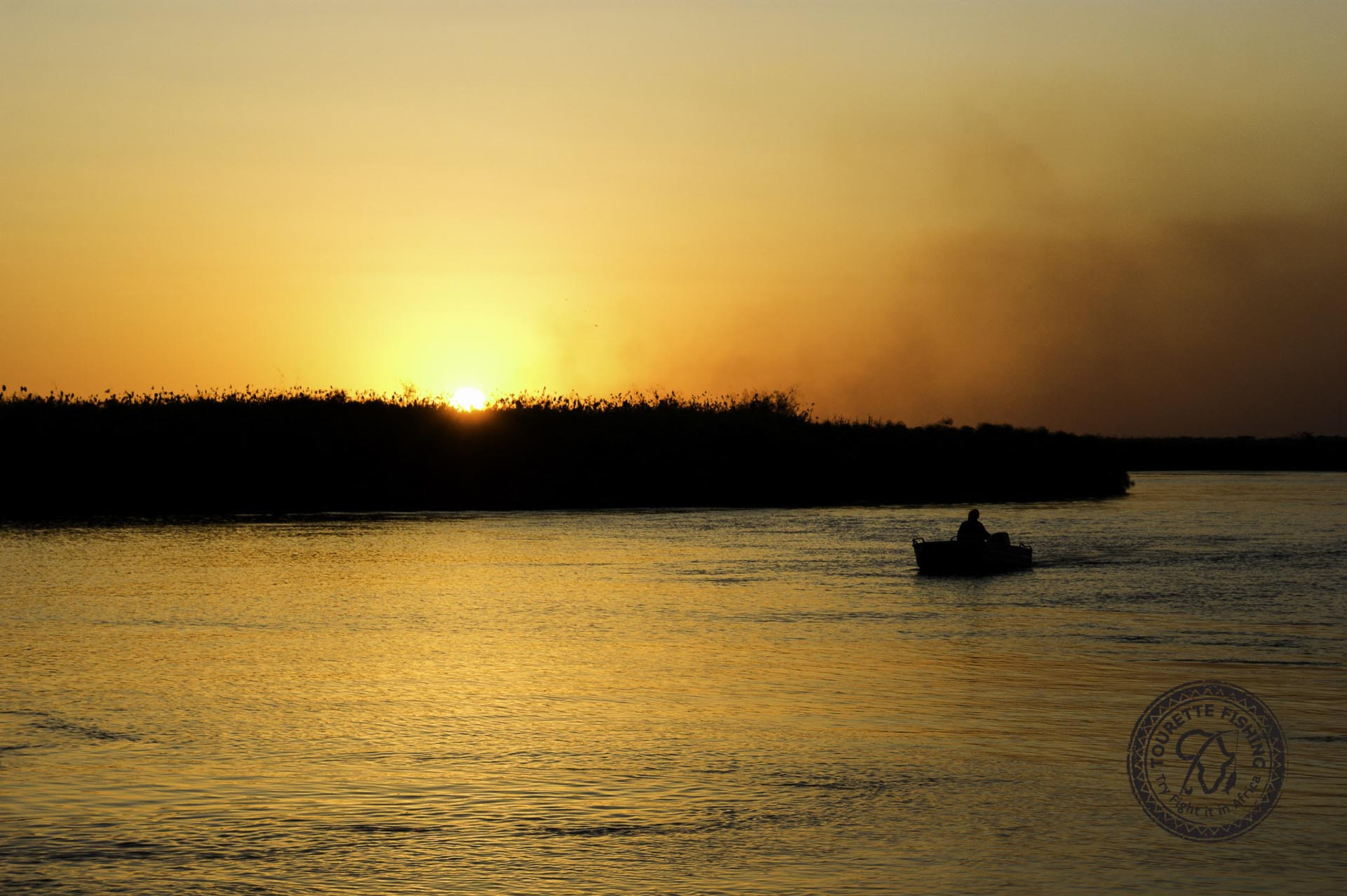 okavango-tigerfish-week-7-20-25-oct-2014-cast-to-conserve-explore-experience-protect-tourette-fishing-blog-Leslie-Thiart-Okavango-African-sunsets