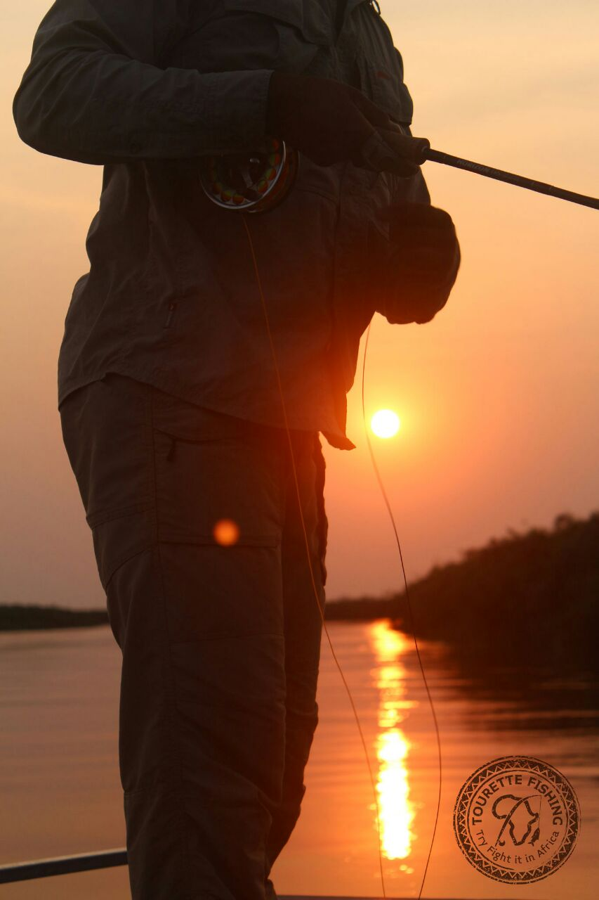 okavango-barbel-run-tigerfish-season-2016-week-3-tourette-fishing-blog-sunset